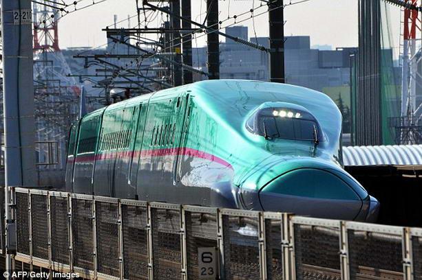 Самый быстрый поезд в мире Hayabusa