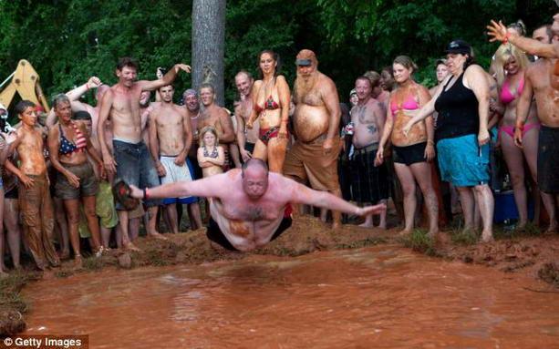 купание в грязи