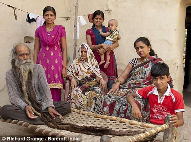 семья Кайлаш Сингха