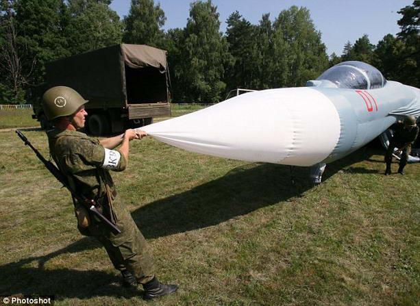 Российская армия запаслась надувной