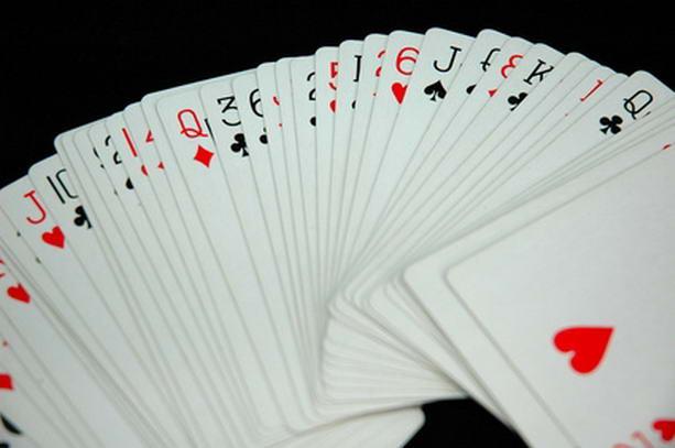 Как играть и выигрывать в Блэк Джек