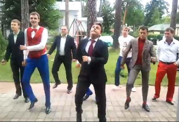 танцы Медведева квн
