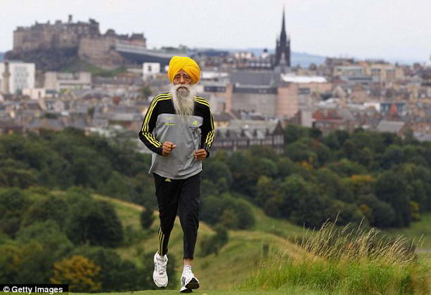 100-летний Фауджа Сингх признан самым старым марафонцем в мире