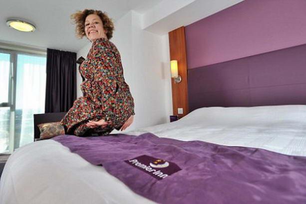 Тестер гостиничных кроватей