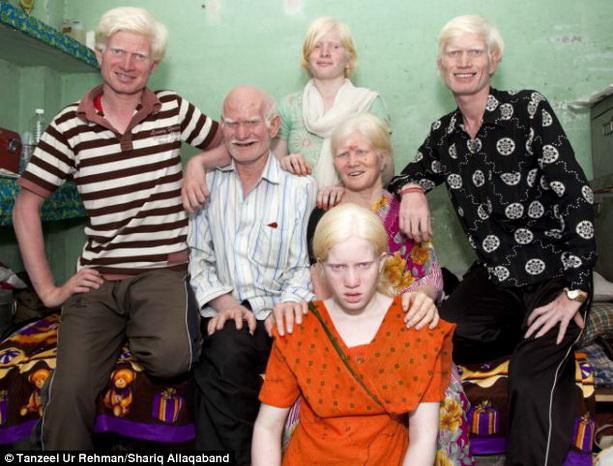 Индийская семья Пуллан