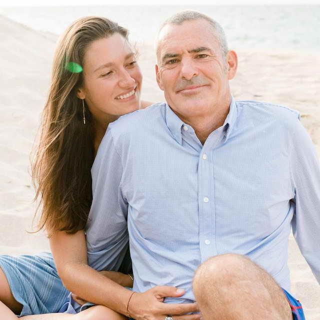 Серфер Гарретт Макнамара и его жена