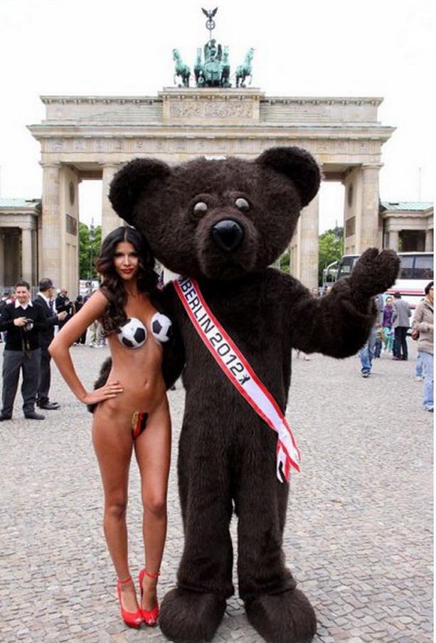 талисман Бундестим на Евро-2012
