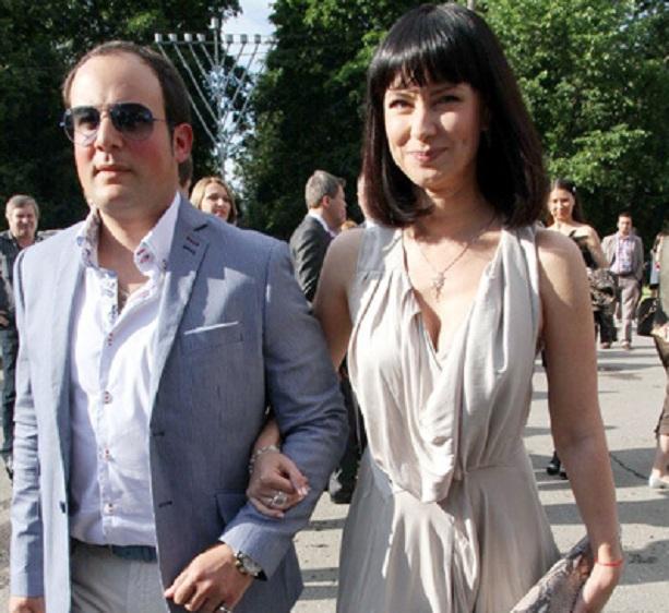Нонна Гришаева кардинально сменила имидж и показала новую грудь.
