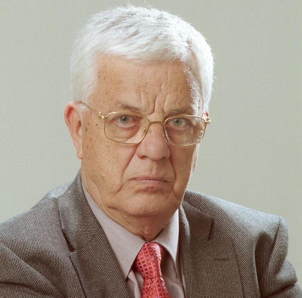 Раймонд Паулс
