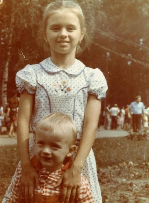 Анна Семенович ранние фото