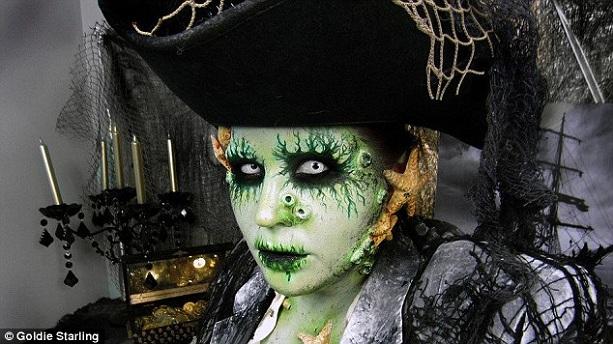 макияж Дейви Джонс на Хэллоуин