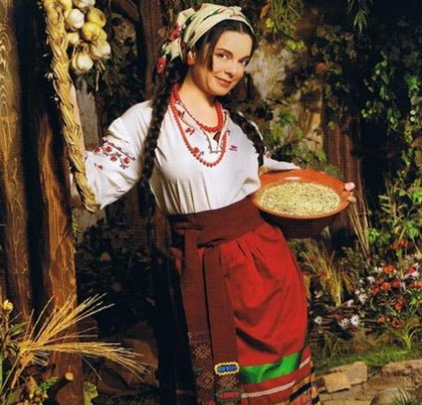 Наташа Королева крестьянка