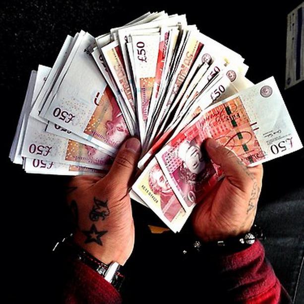 ЦБ ужесточил правила обмена валюты с 28 декабря