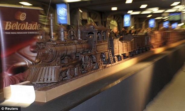 самый длинный шоколадный поезд в мире