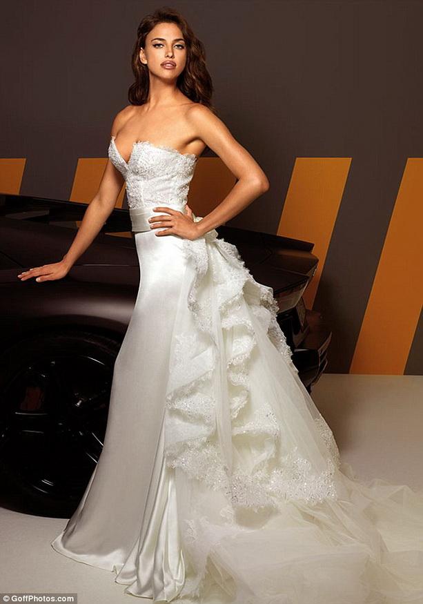 оригинальное свадебное платьес