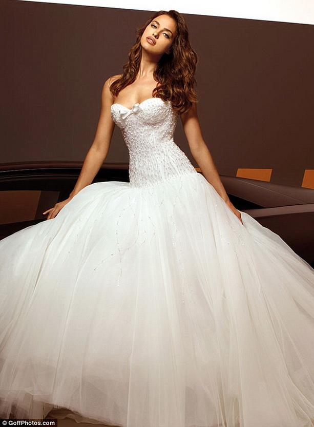 Свадебные платья фотогалерея » Свадебные, вечерние, вязанные и