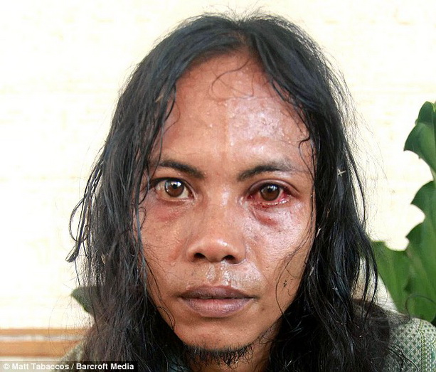 Индонезиец хозяин домашнего тирга