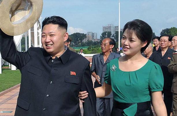 Ким Чен Ын Ким Чен Ын северная корея Ли Соль Чжу