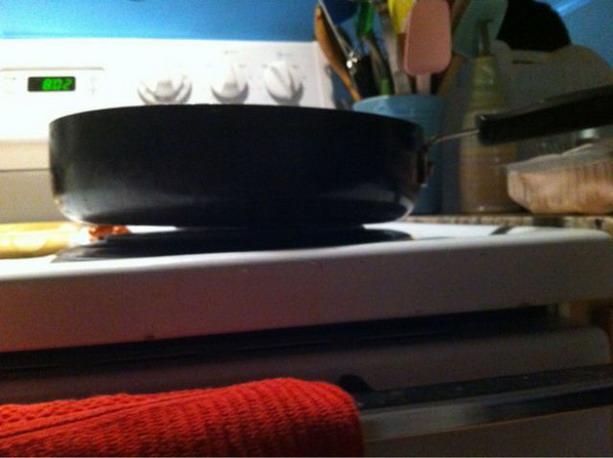 кривая сковородка