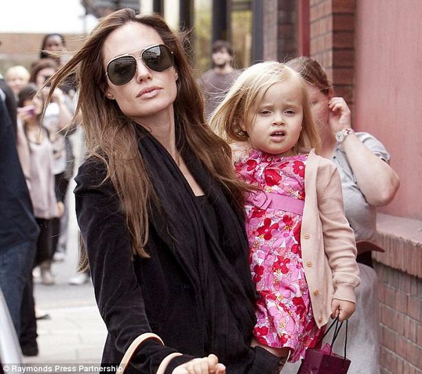 Дочь Вивьен Анджелины Джоли и Брэда Питта