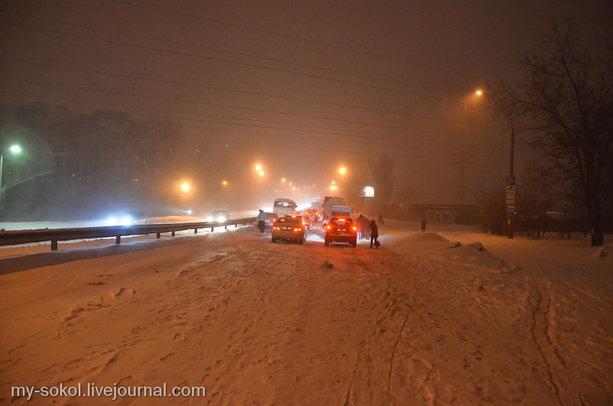 Дороги Киева в снегопад