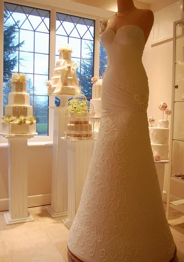 свадебное платье-торт фото