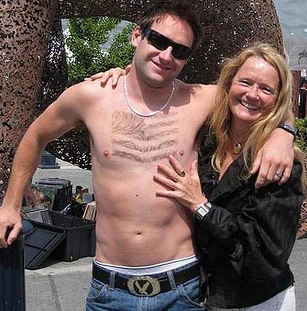 Американский флаг на груди