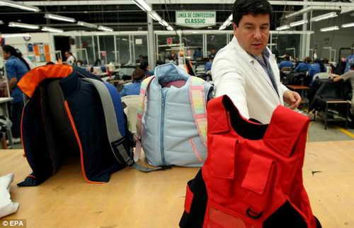 В США бум на пуленепробиваемые рюкзаки для школьников
