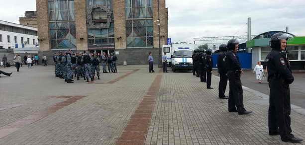 Полиция ожидает Навального на Ярославском вокзале