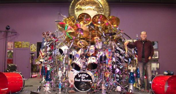 Самая большая барабанная установка