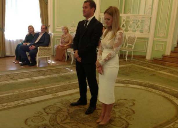Александр Киржаков и Милана Тюльпанова фото свадьба