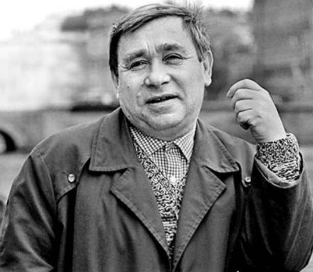 Михаил Светин актер