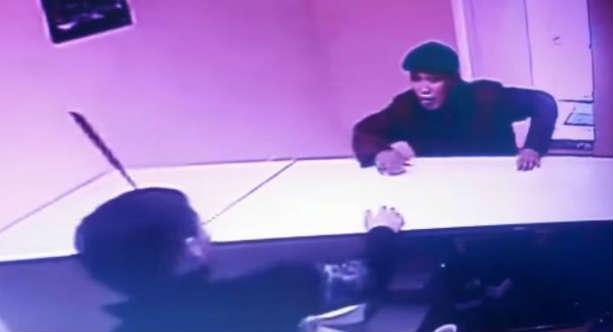В агентстве недвижимости в Петропавловске преступник воткнул нож риэлтору в голову