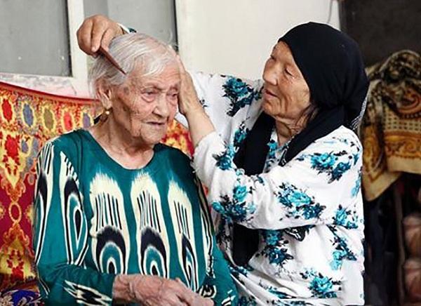Самая старая женщина в мире Алимиха Сейти