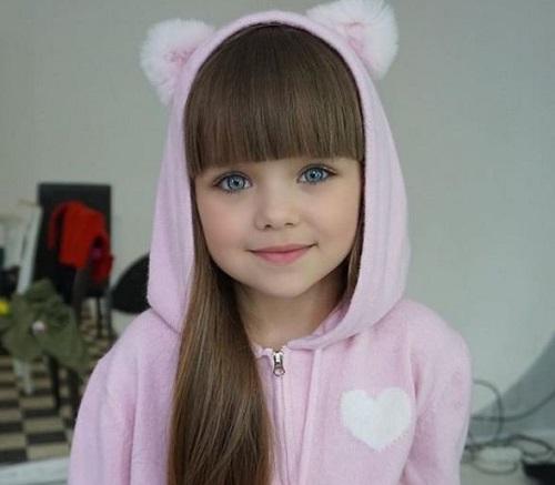 Анастасия Князева названа «самой красивой девочкой в мире» в Instagram