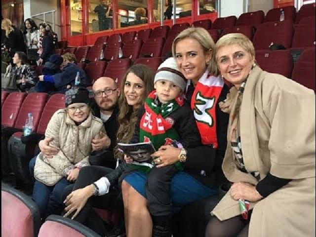 Ольга Бузова семья