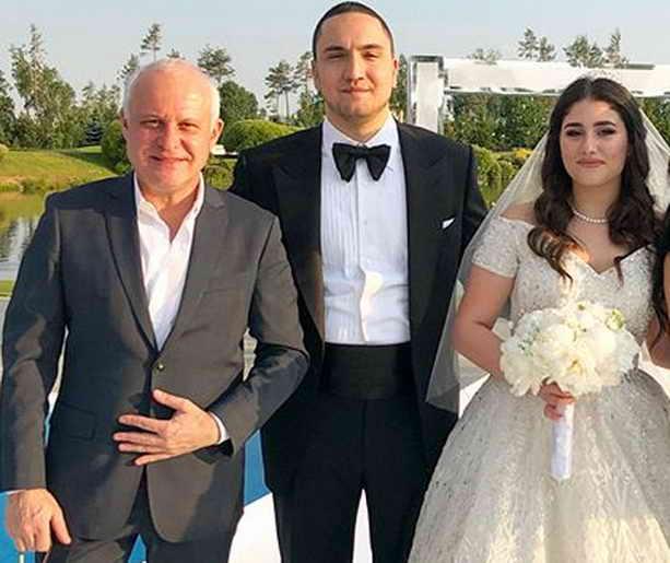 Александр Чигиринский, жених Морис и невеста Ирина