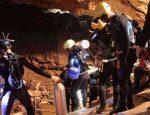 Таиланд. Спасение юных футболистов из затопленной пещеры