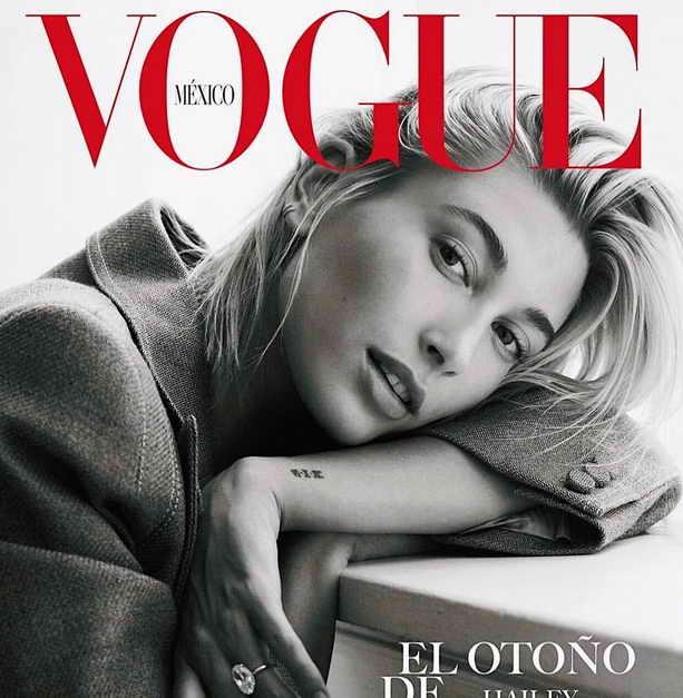Модель Хейлин Болдуин на сентябрьской обложке журнала Vogue