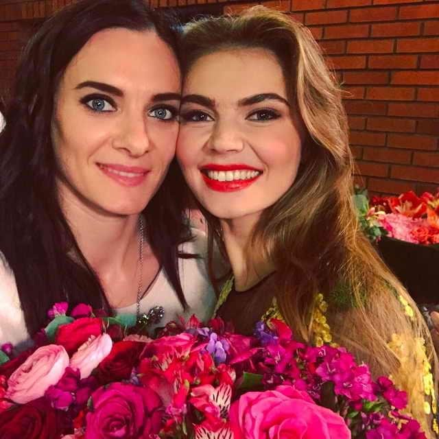 Елена Исинбаева и Алина Кабаева прославленные спортсменки