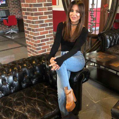Ани Лорак злоупотребляет тяжелой обувью на платформе
