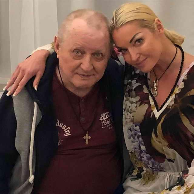 Анастасия Волочкова с отцом Юрием Федоровичем