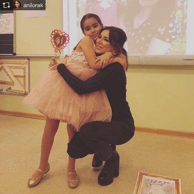 Ани Лорак с дочерью Софийкой