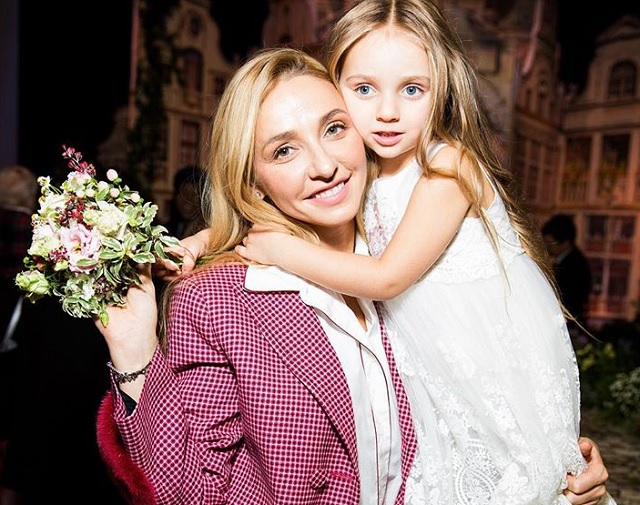 Татьяна Навка Надя Пескова