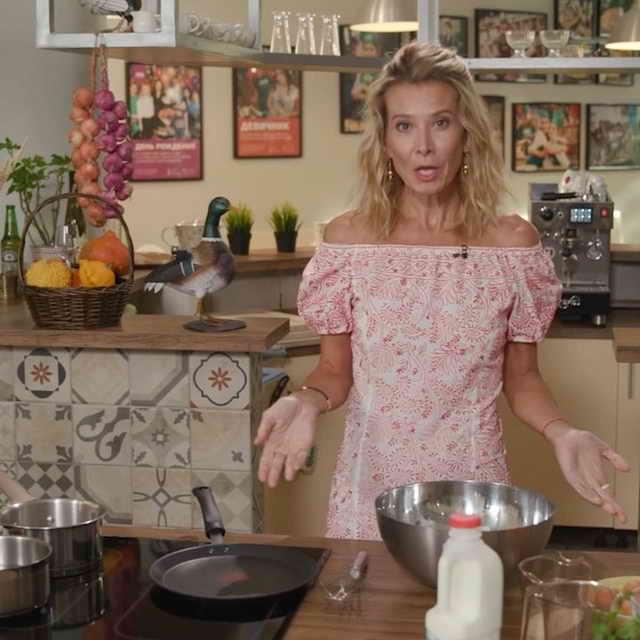 Юлия Высоцкая актриса театра и кино, телеведущая программ о еде