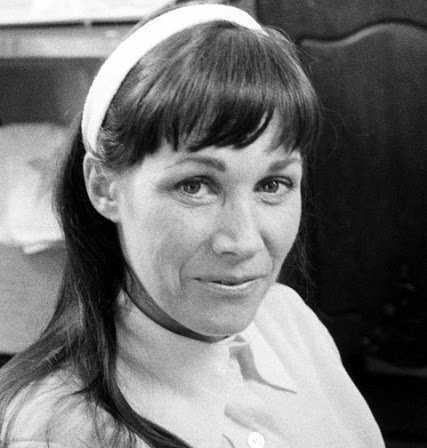 Актриса Верна Блум