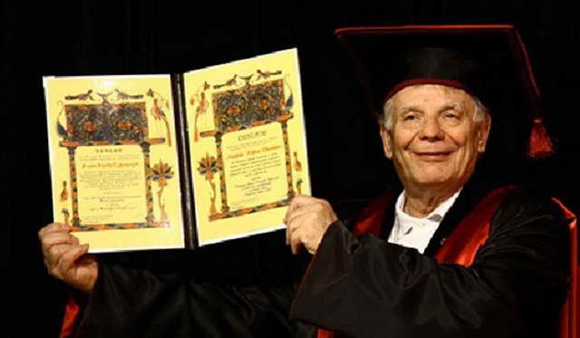 Жорес Алферов физик, лауреат Нобелевской премии