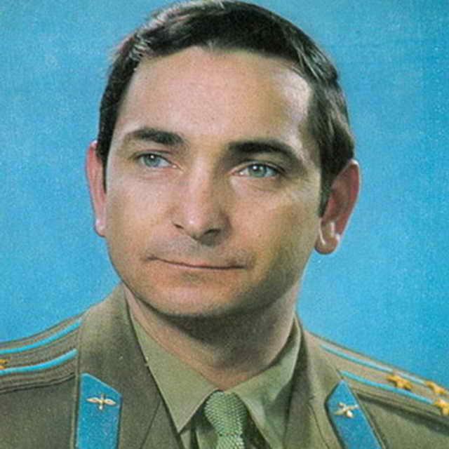 Валерий Бычковский летчик - космонавт