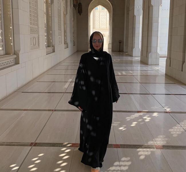 Лера Кудрявцева в хиджабе