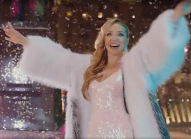 Татьяна Навка запела на Новый Год